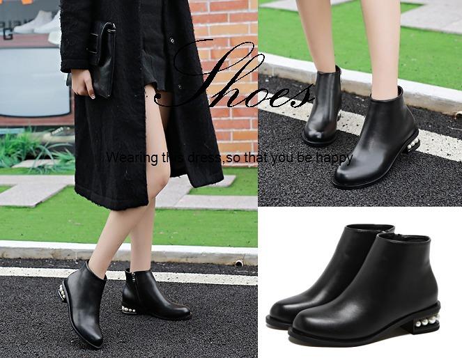 97d3741c623f8 ブーツ レディース ショートブーツ ローヒール ビジュー付き ブラック 靴 シューズ ポリウレタン100  ヒールにビジュー付き◎ローヒール ショートブーツです。 ¥ 4